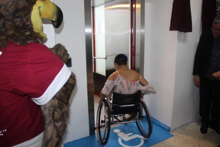 Inaguración del elevador